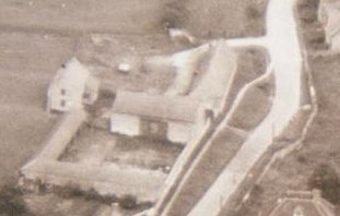 1950s aerial photo of Lower Weald Farm