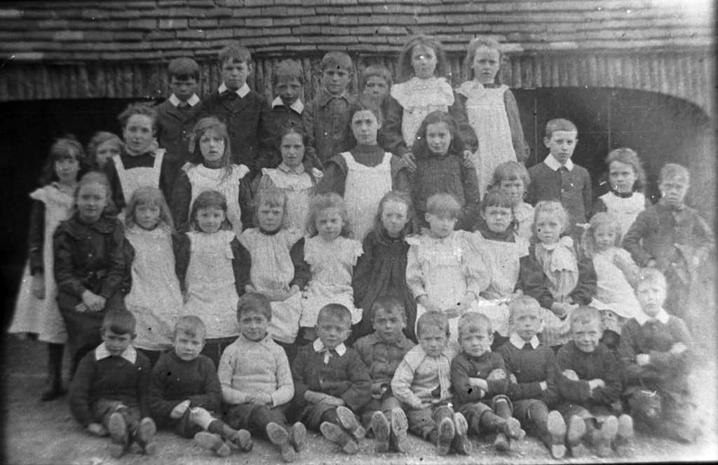 Calverton School group c. 1908