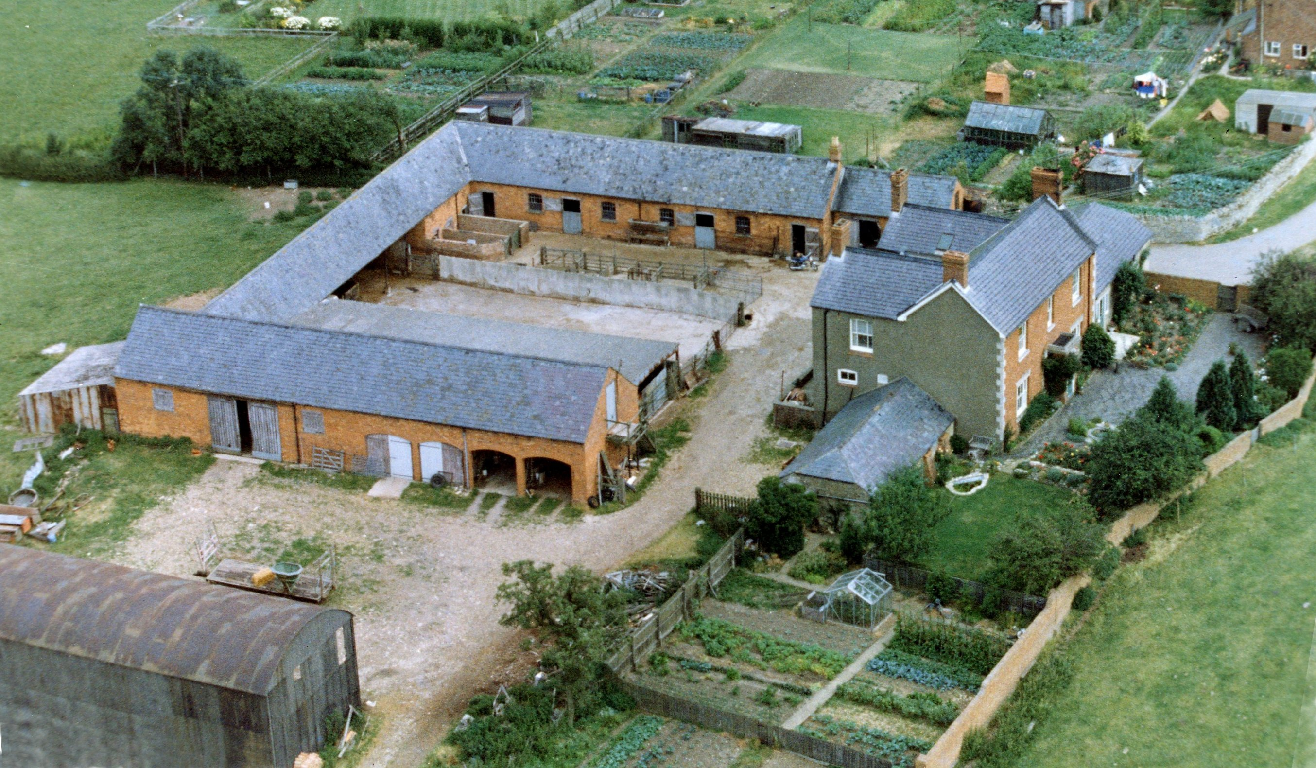 Middle Weald Farm