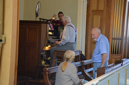 Hands on Our Willis: Play the Pipe Organ!