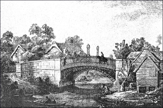 THE TWO BRIDGES - Newport Pagnell Historical Society