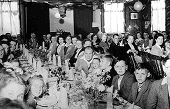 Cow-St-1953-Coro-Partyw