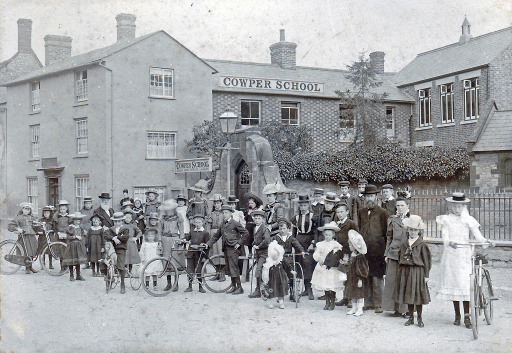 Thomas Wright School_c1900bikesph300