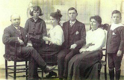 edwin&family1917w