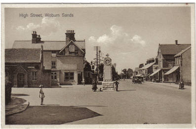 A view of the entrance to the High Street, Woburn Sands