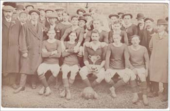 Woburn Sands - Stars Football Club